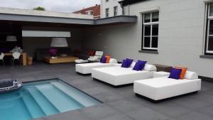 een-en-twee-persoons-luxe-loungebedden
